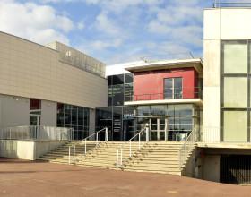 Conservatoire de musique et espace jeunes à Chatou (78)